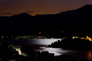 lake como - moon shining on isola comacina - 01