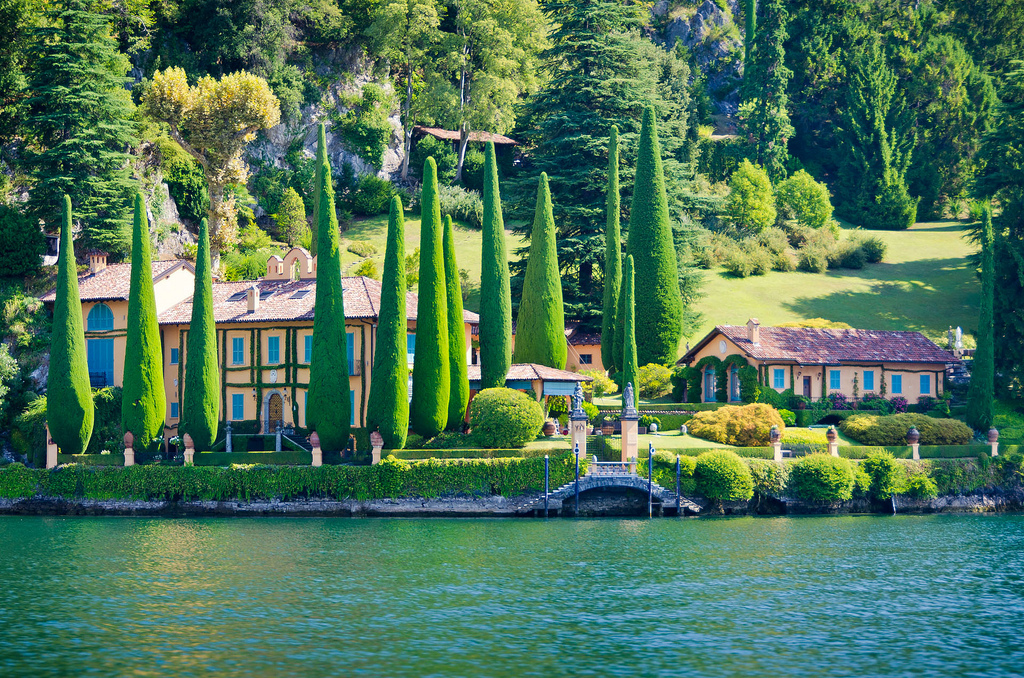 lake como - villa on the lake - 01